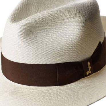 Amore ed odio per il cappello: ma amore per il Panama