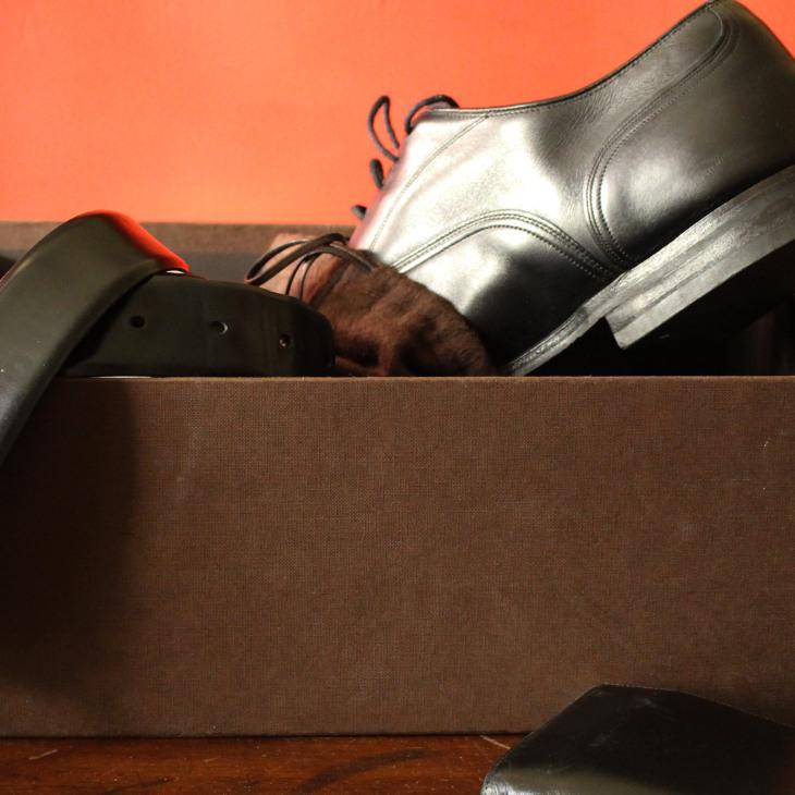 cintura e scarpe